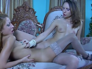 Red-haired beauty lures her cute roomy into lesbo slit licking and grinding